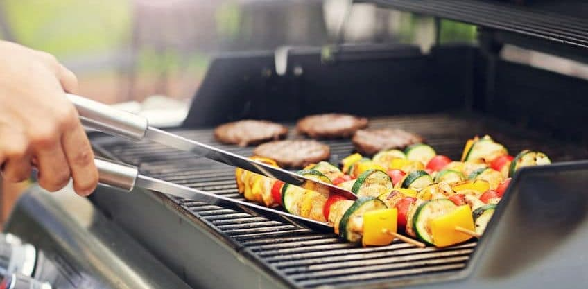 Read more about the article Why is Grilling Healthier than Frying or Baking?