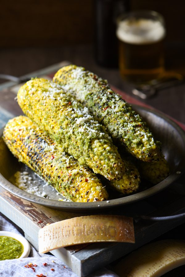 Read more about the article How to Grill Corn on the Cob with Pesto (Get the Best Recipe)
